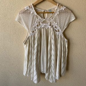 Free People embroidered top Sz L